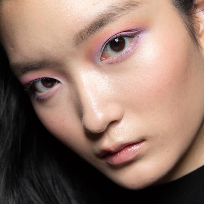 trang điểm mắt balmain