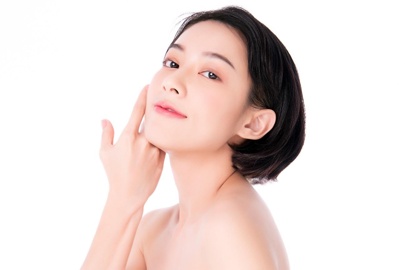 Dưỡng da tối giản với innisfree Brightening Pore Serum