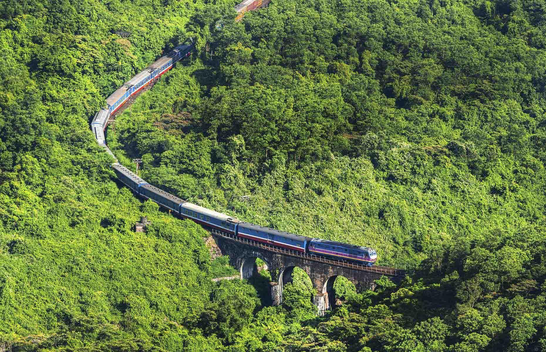 du lịch tàu hỏa Việt Nam