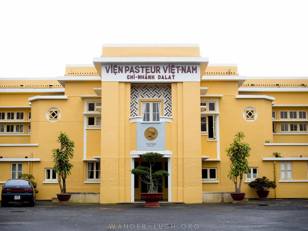 Viện Pasteur địa điểm tham quan khác lạ của Đà Lạt