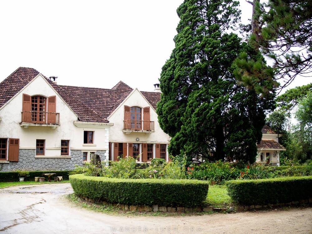 nhà kiểu Pháp xưa cũ ở Đà Lạt