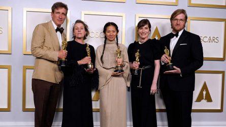 Oscar 2021: Nomadland thống trị danh sách giải thưởng và những chiến thắng chưa từng có tiền lệ