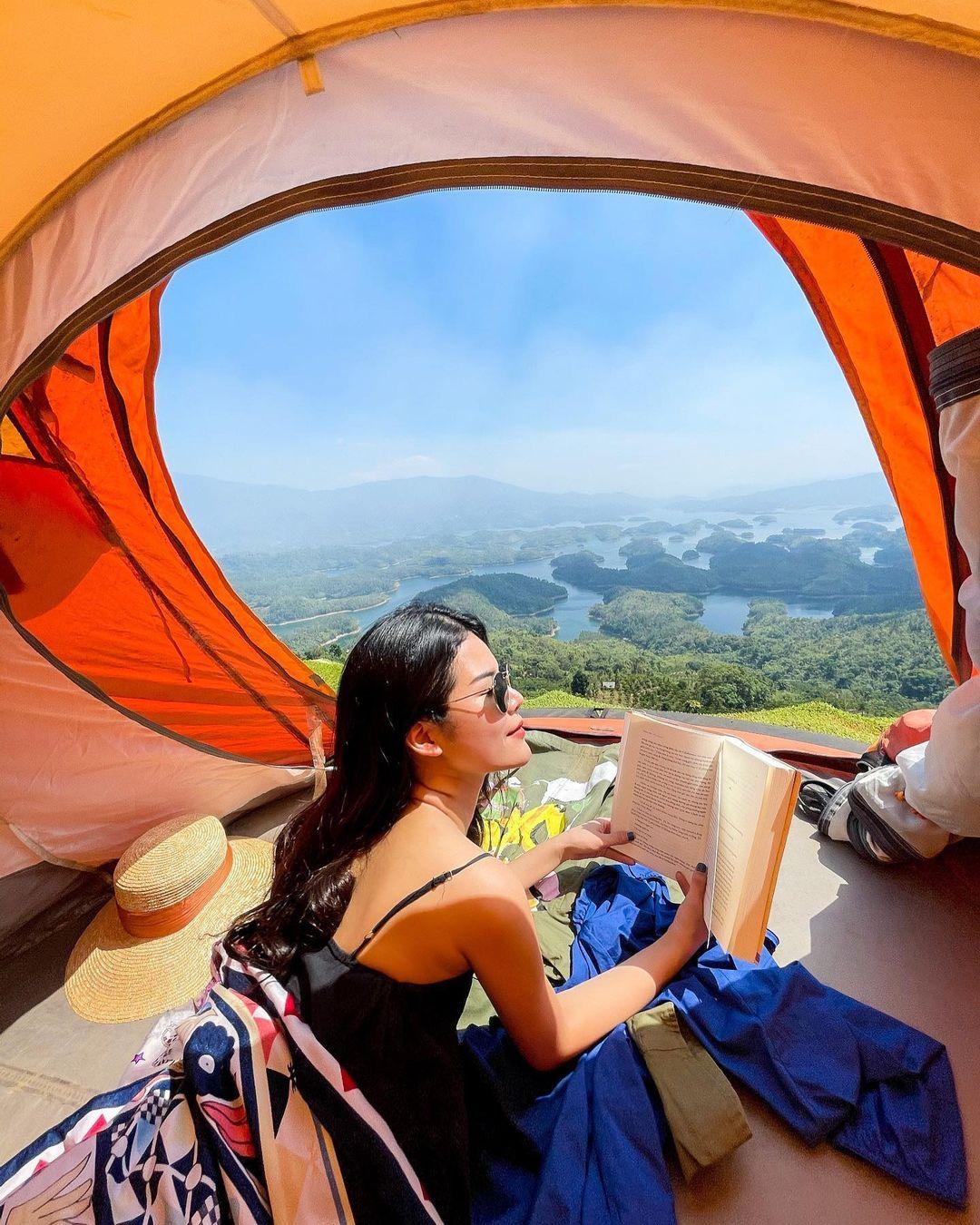 trải nghiệm cắm trại khi du lịch Tà Đùng