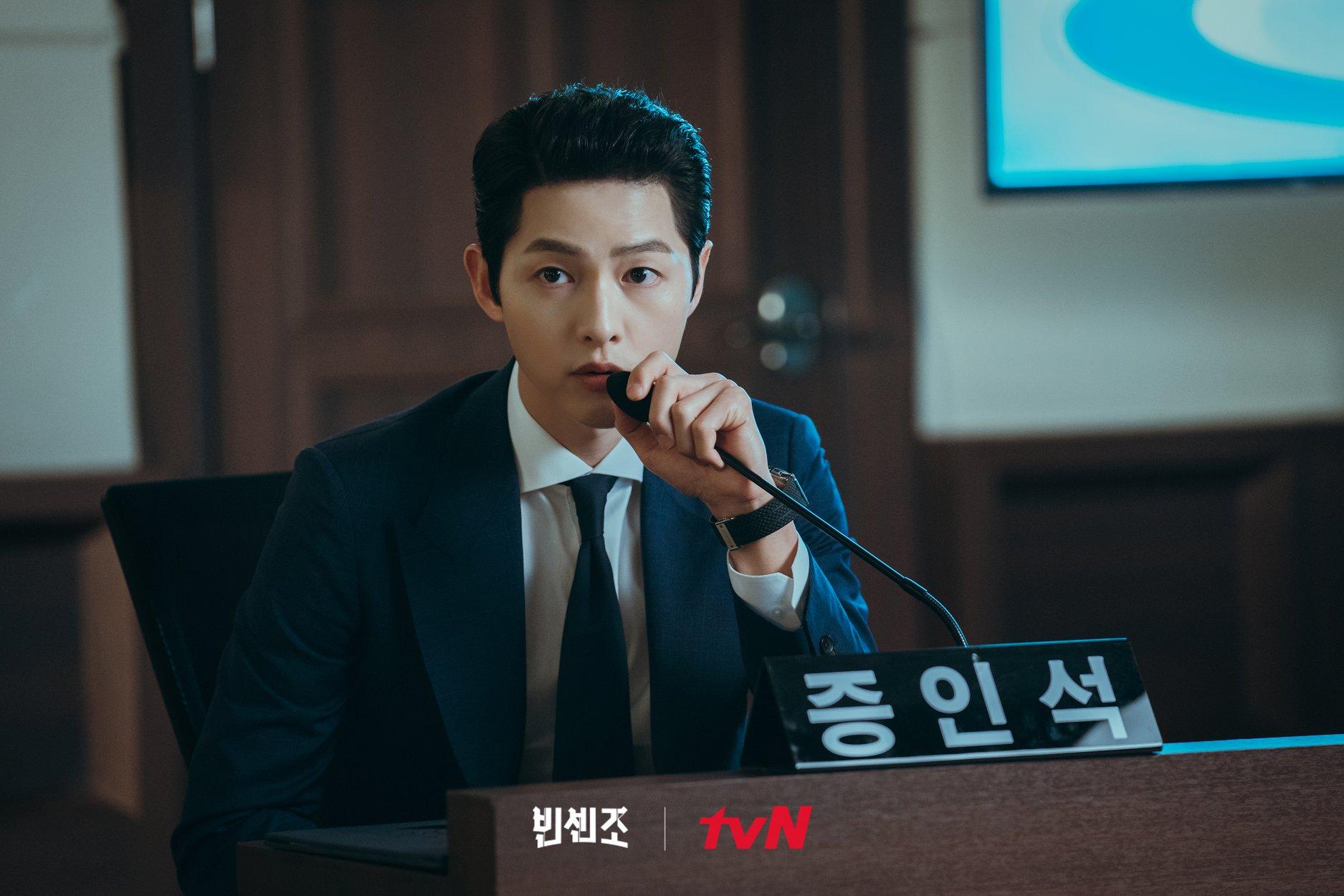 Chất giọng đẹp được Song Joong Ki thể hiện trong Vincenzo