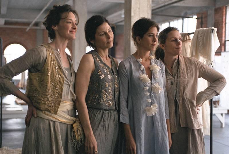 Frances McDormand trong phim điện ảnh Friends With Money