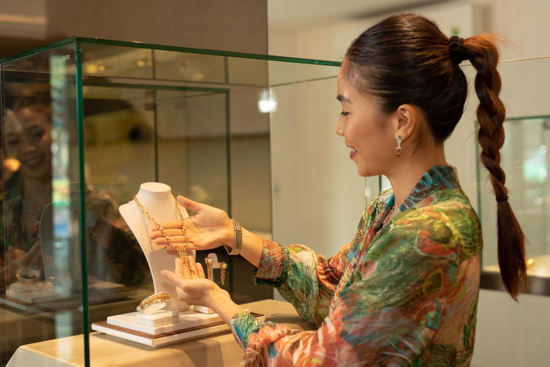 Bộ trang sức đá quý Anna võ Cao fine jewellery
