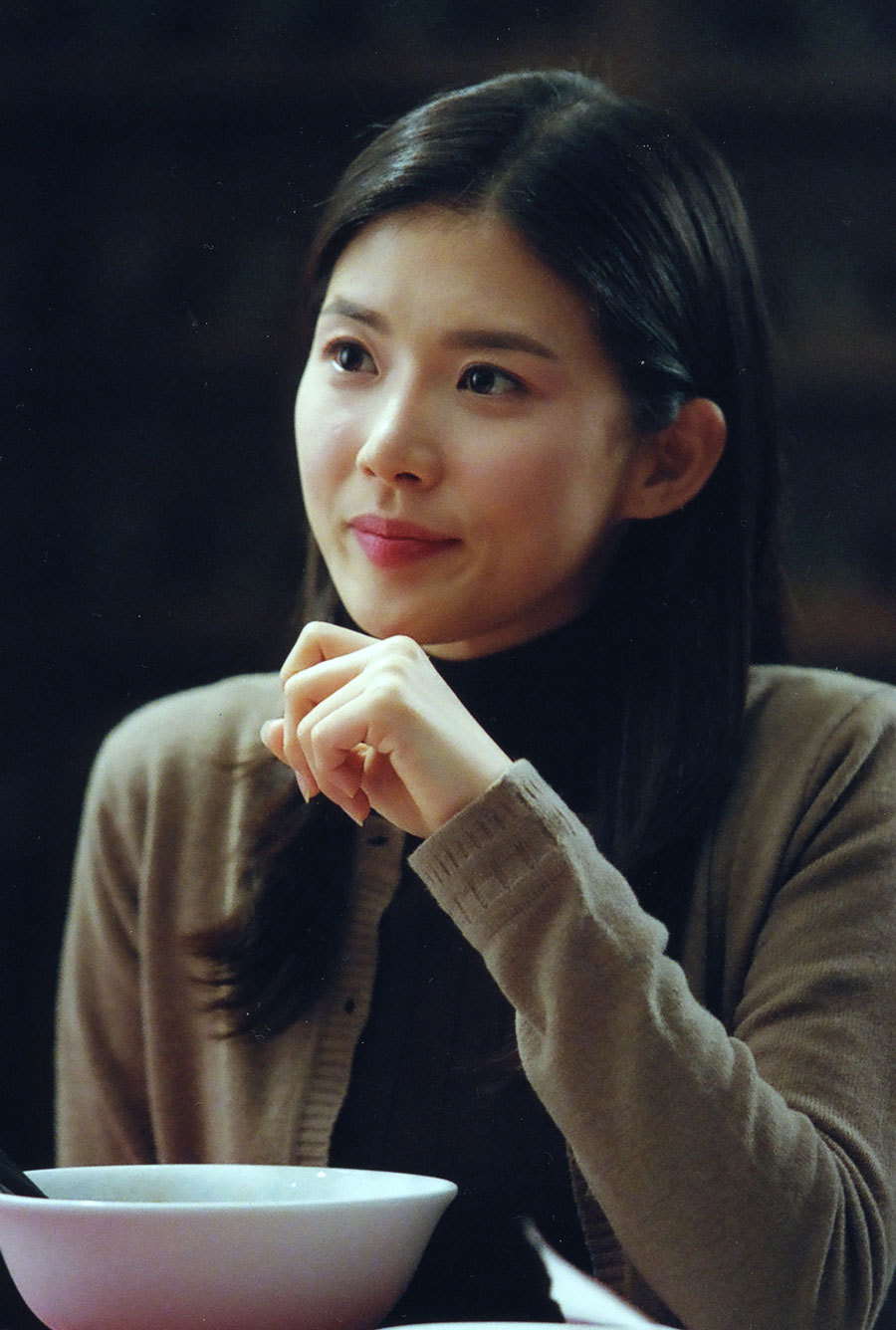 Lee Bo Young trong phim về gangster A Dirty Carnival