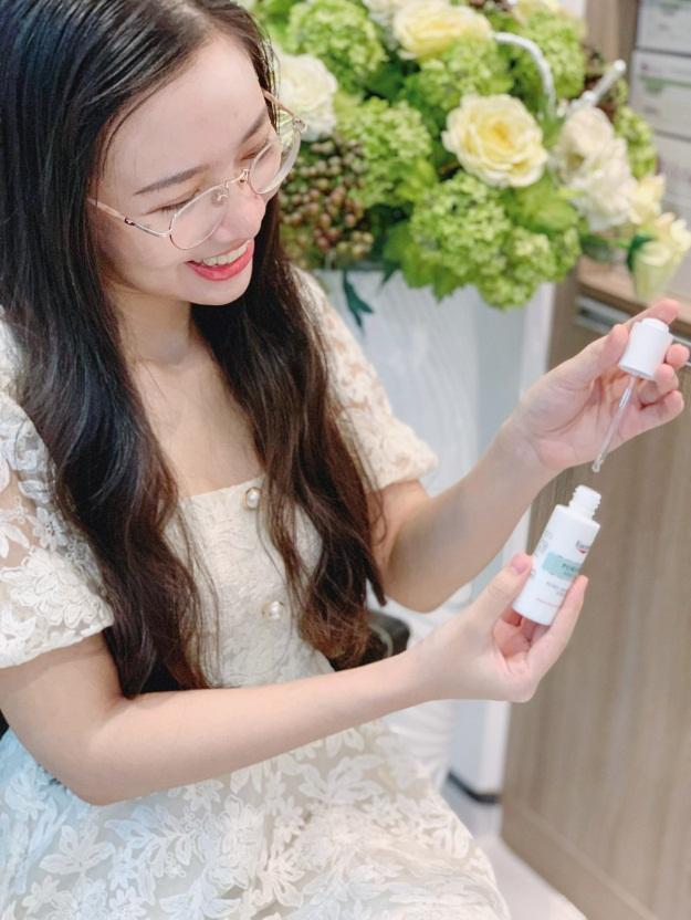 serum trị mụn Eucerin theo hướng dẫn của bác sĩ Ngọc Anh