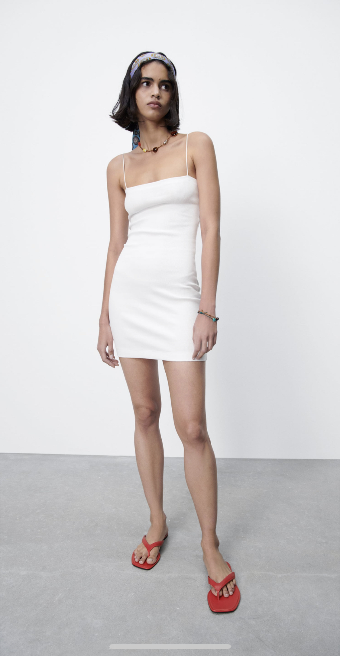 bodycon dress trắng zara