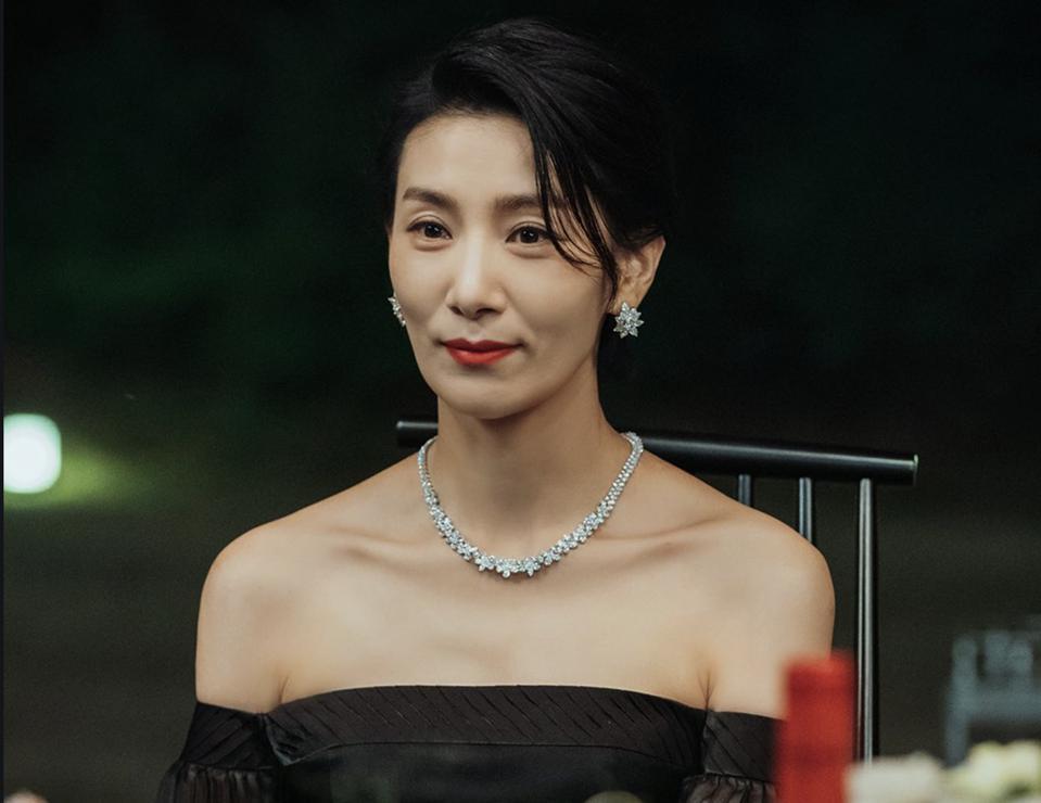 mợ cả Jeong Seo Huyn