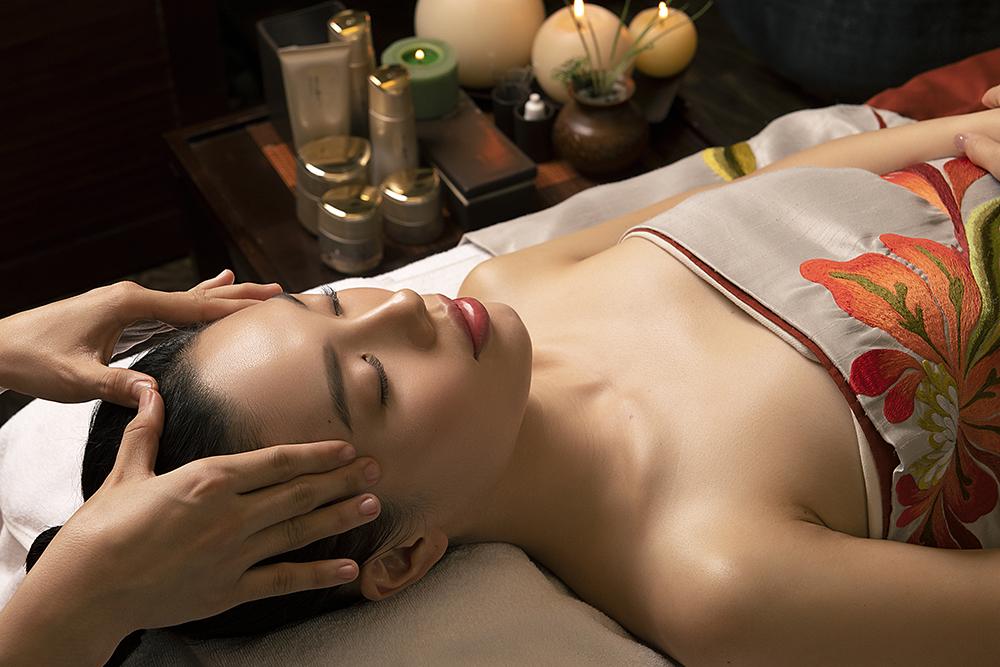 chăm sóc da Menard - massage mặt
