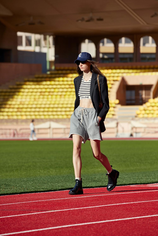 Áo lót thể thao và blazer Celine