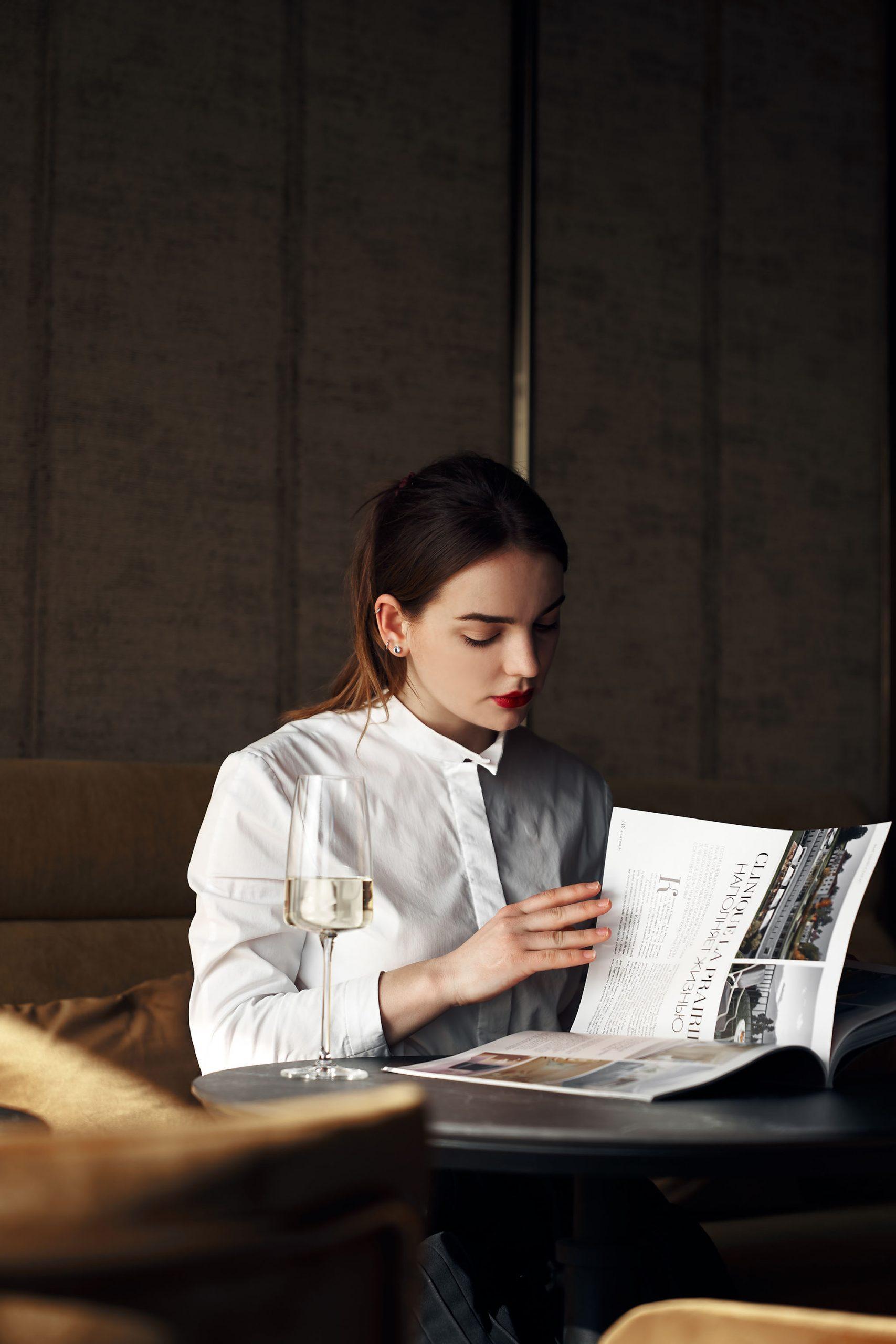 Thói quen đọc sách lành mạnh vào buổi sáng