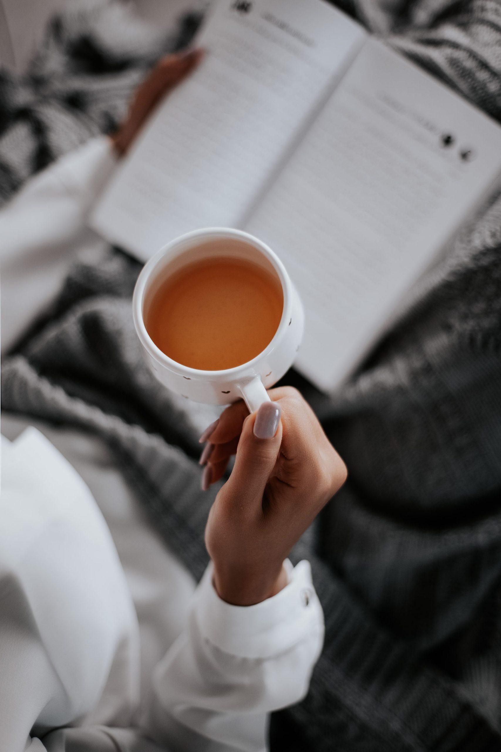 Không nên uống cà phê khi vừa thức dậy vào buổi sáng