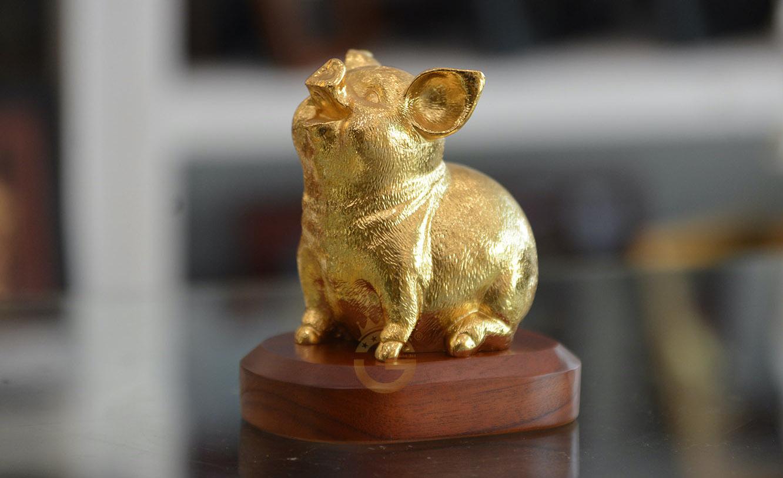 biểu tượng may mắn con lợn