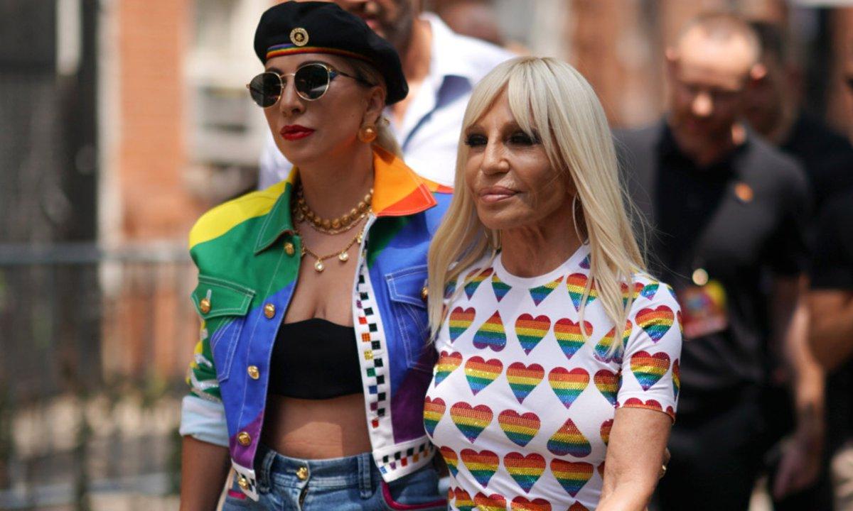 Lady Gaga và Donatella Versace