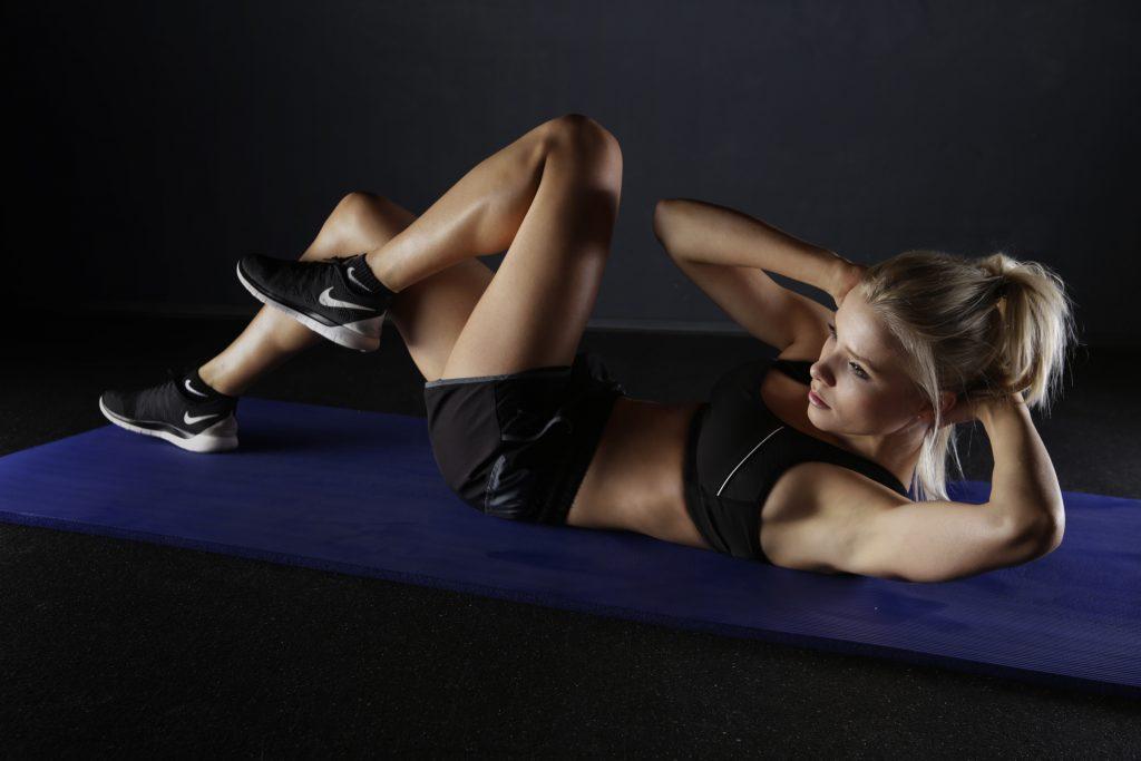 Bicycle Crunch là bài tập giảm mỡ bụng dưới với cường độ cao