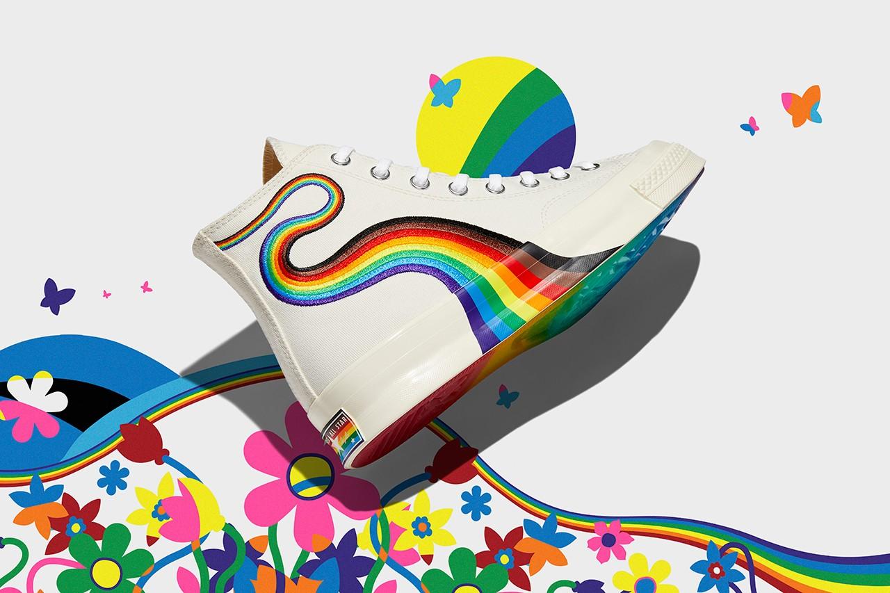 Giày Converse họa tiết cầu vồng phiên bản Pride