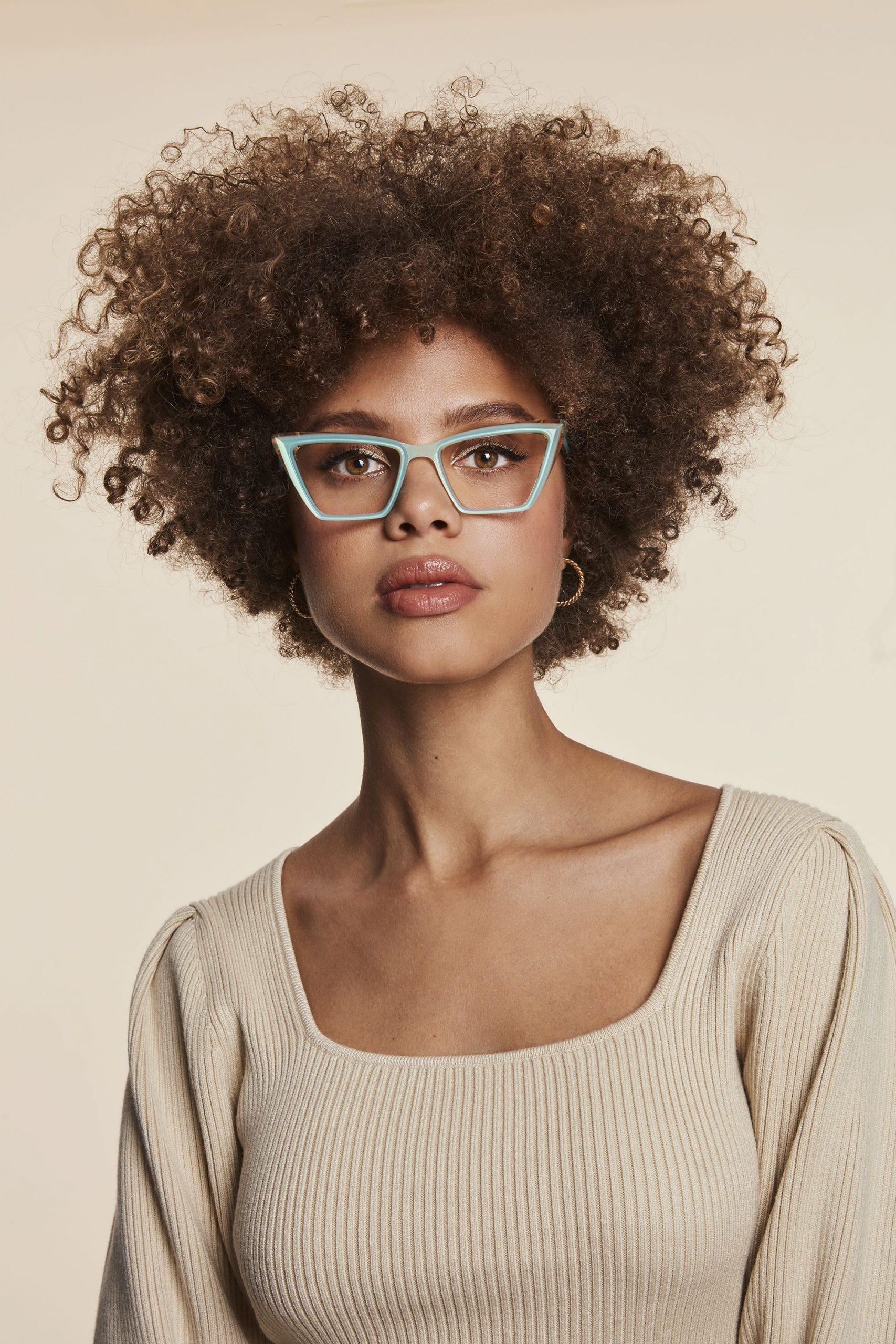 Eyeglasses with fancy geometric design