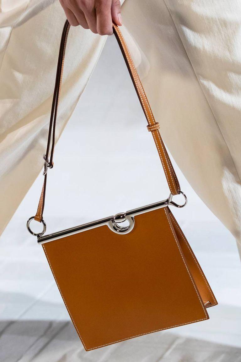 Two-dimensional handbag shape Hermes