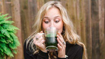 Cải thiện sức khỏe cùng nước diệp lục, bạn đã thử chưa?