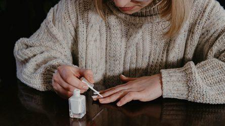 Vui vẻ mỗi ngày với 7 mẫu nail đơn giản có thể tự làm tại nhà