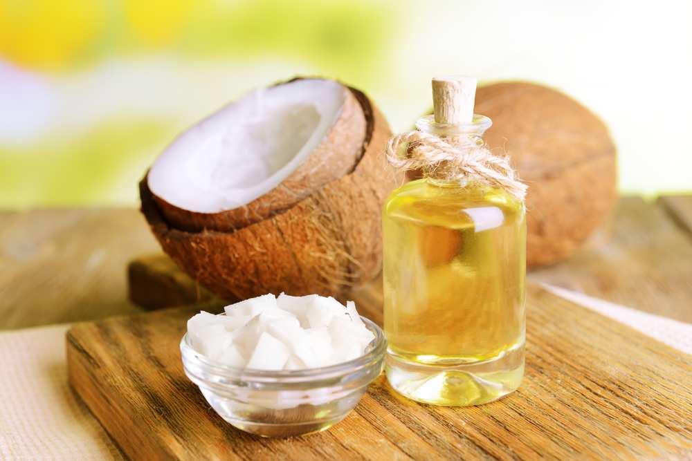 Son dưỡng môi mật ong và dầu dừa