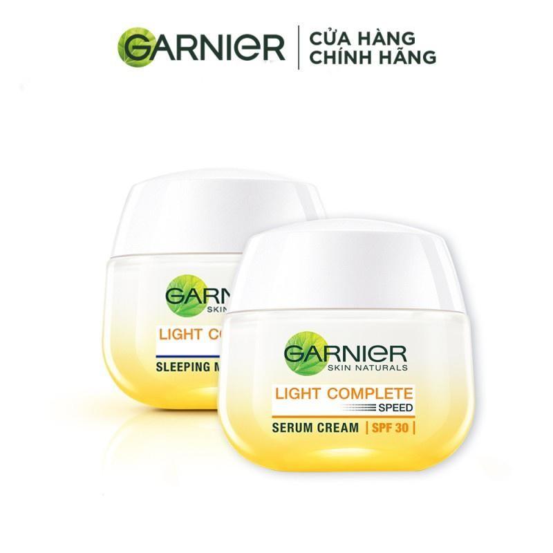 Bộ kem dưỡng da ngày đêm làm sáng và đều màu da Garnier Light Complete Vitamin C Serum Cream