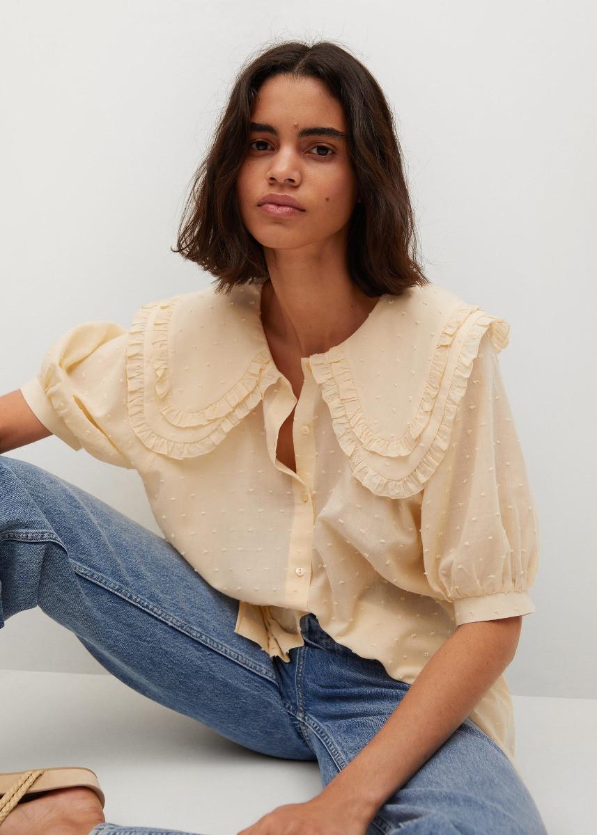 Áo blouse zoom cổ phóng đại