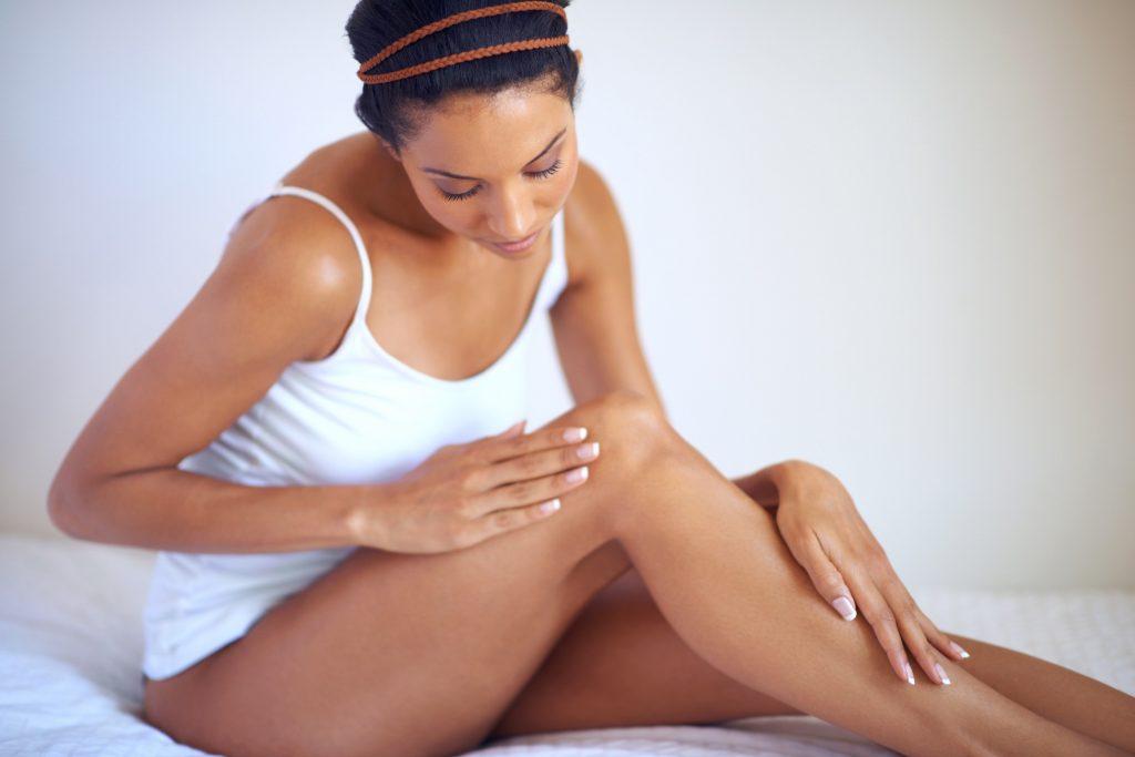 Cải thiện tình trạng viêm nang lông strawberry legs