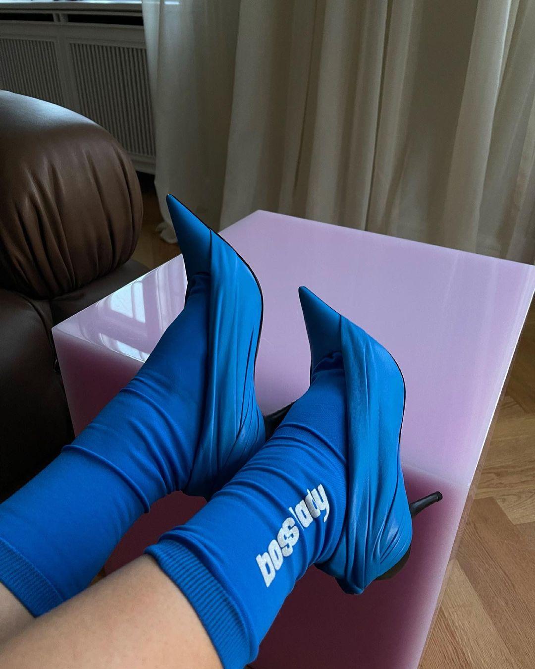 giày cao gót phối vớ xanh