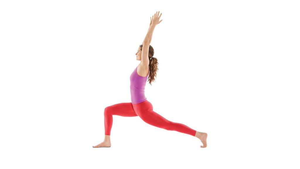 Bài tập cardio yoga Crescent Lunge