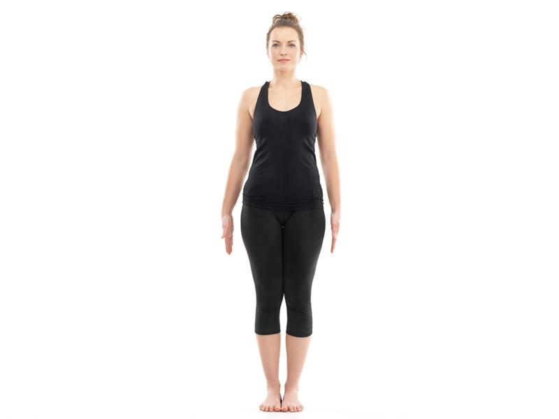 Bài tập cardio yoga Samasthiti