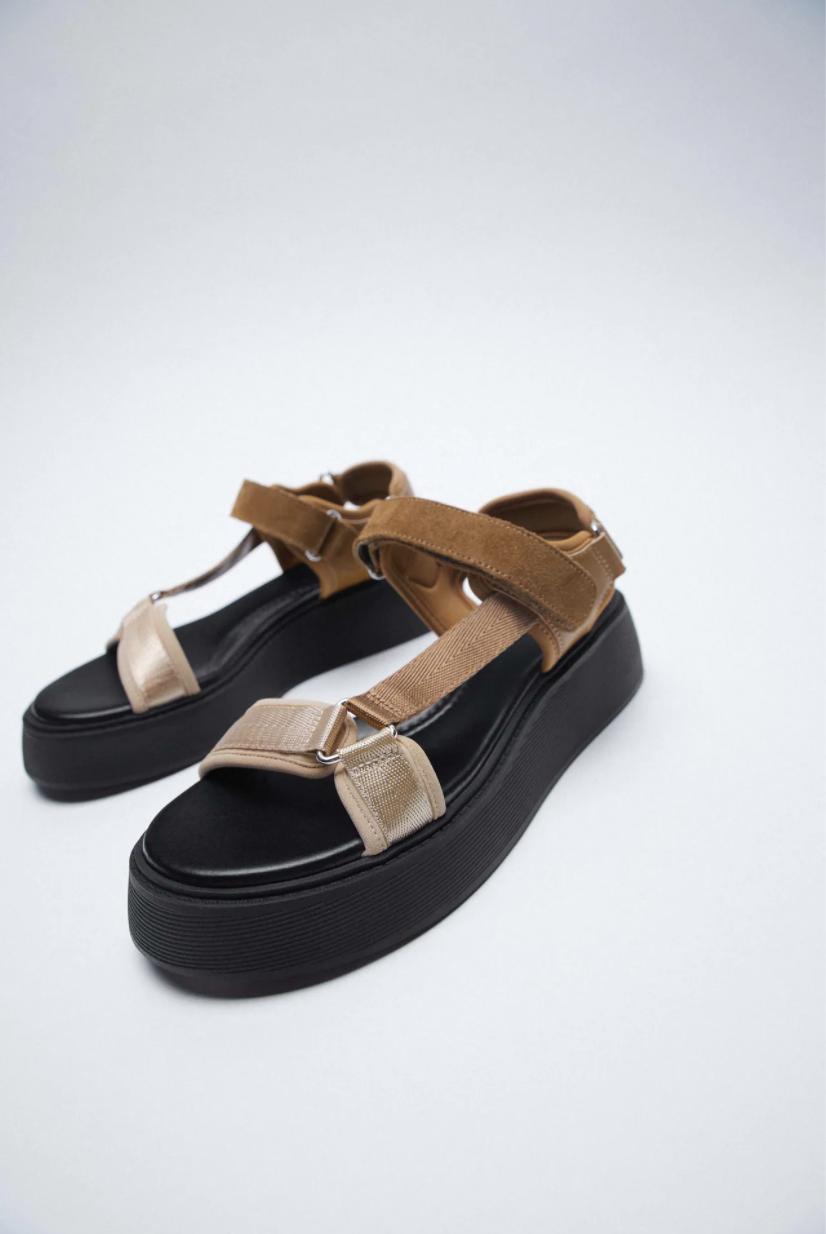 Giày sandals màu nâu và beige Zara
