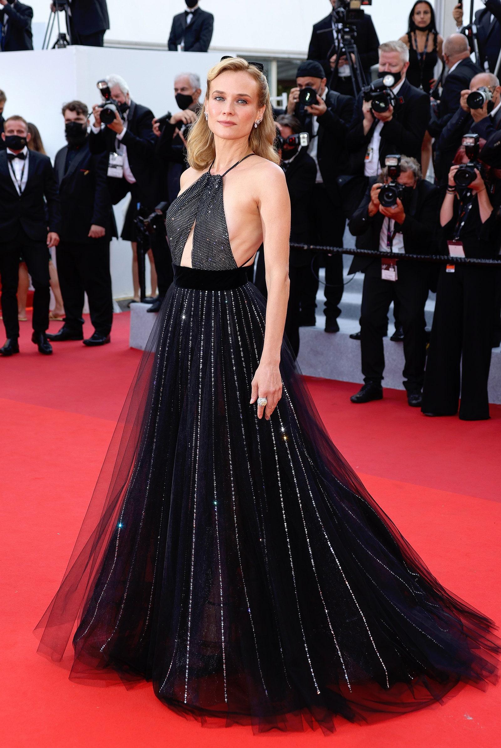 Sự kiện thảm đỏ Cannes 2021