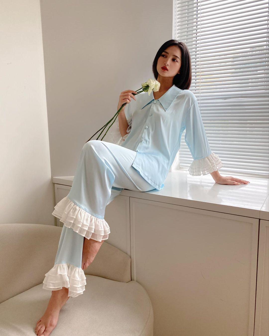 pyjama xanh pastel lông vũ