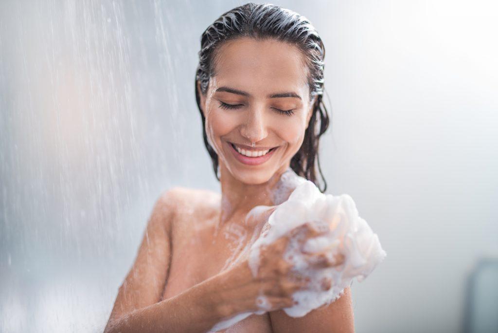Tắm đúng cách cho làn da khỏe mạnh