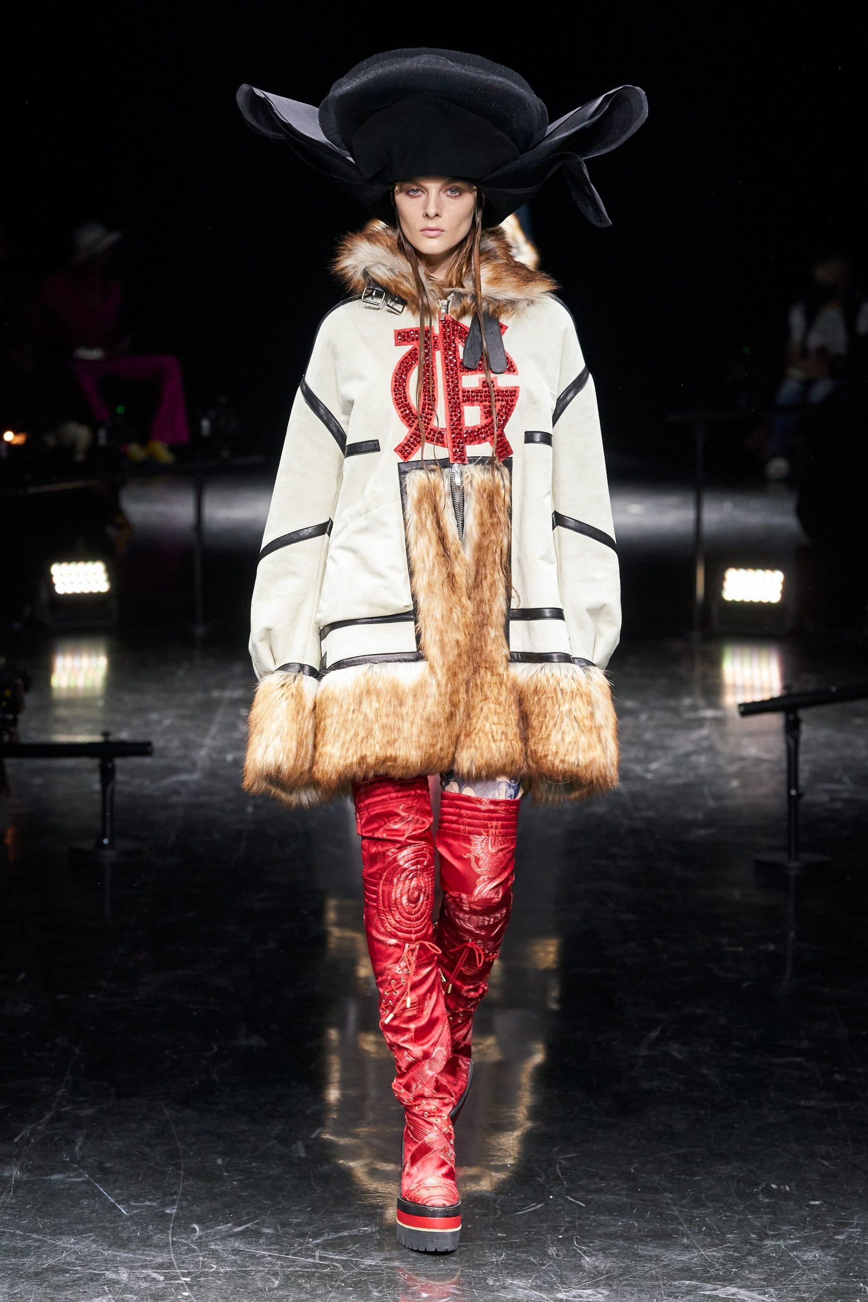 Áo khoác Haute Couture