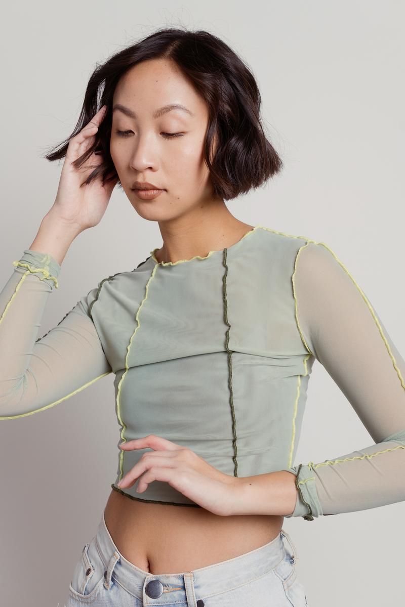áo lưới mỏng thiết kế patchwork