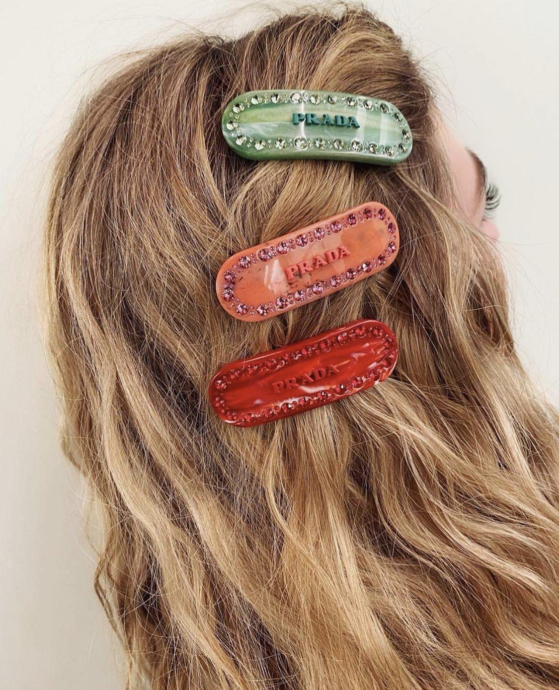 kẹp tóc prada