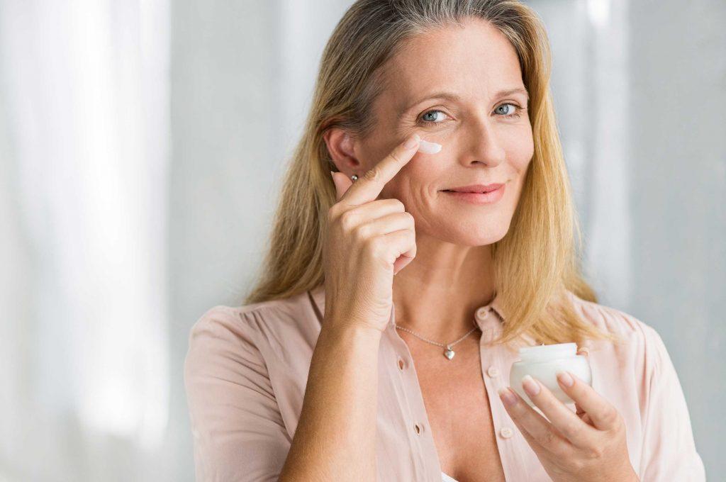 Các bước chăm sóc da hoàn hảo tuổi 50