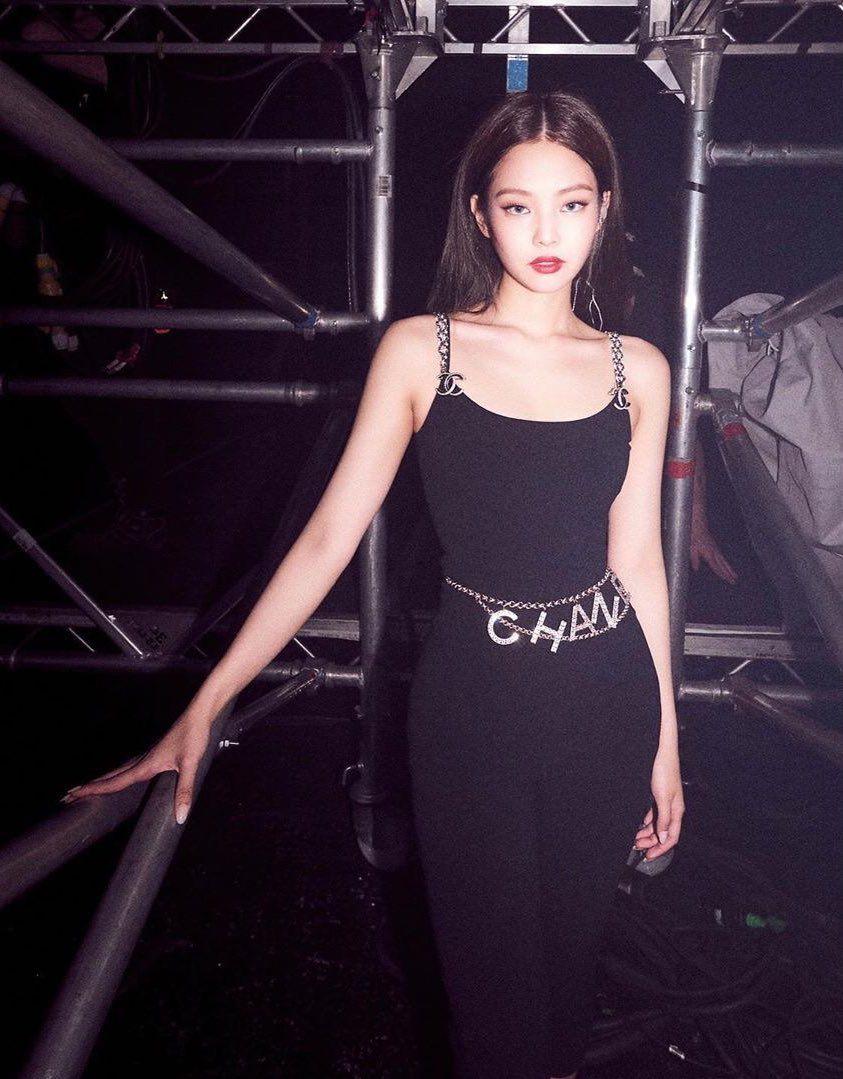 Jennie bodysuit chanel blackpink
