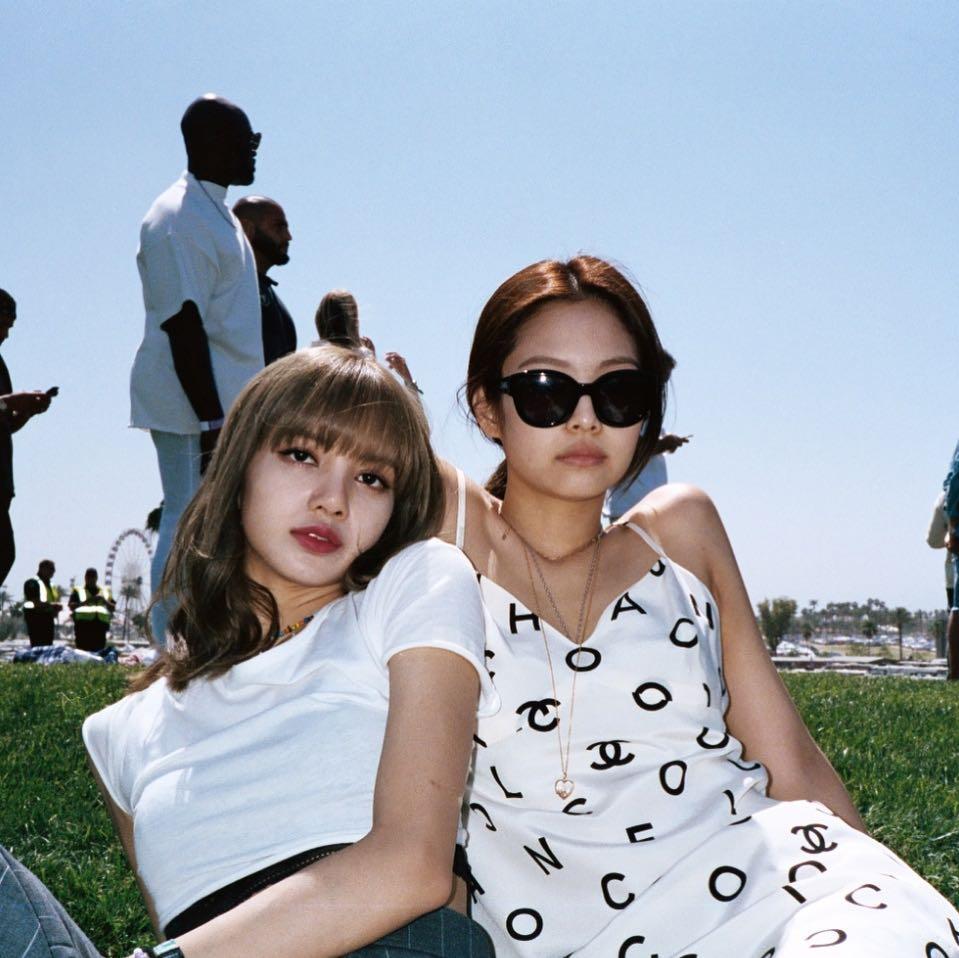 BlackPink Lisa và Jennie