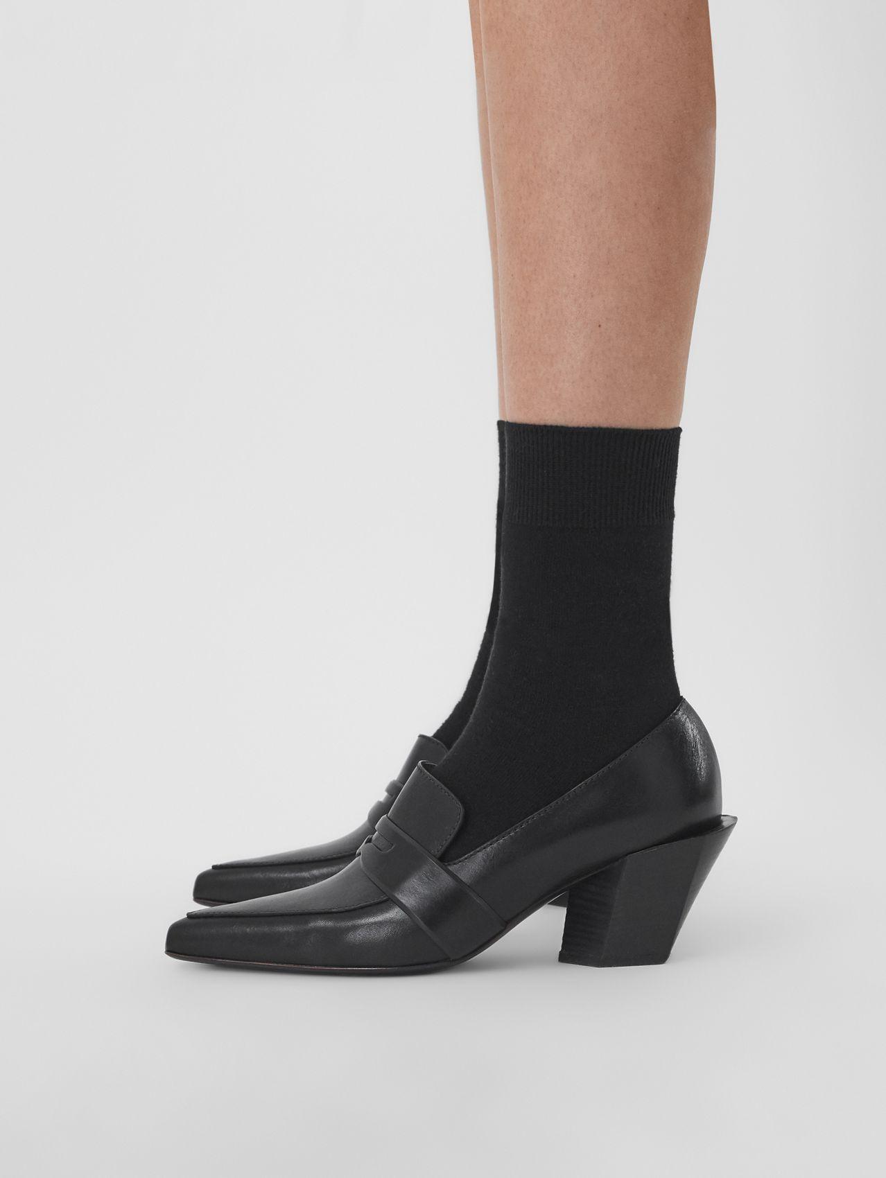 Giày lười cao gót mũi nhọn Burberry