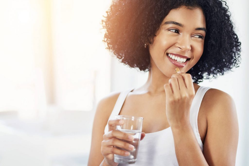 Vitamin E giúp trị mụn hiệu quả