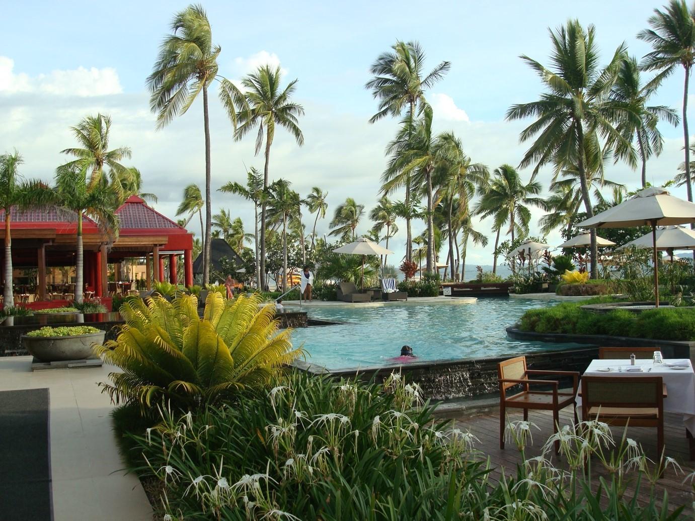 resort living tại vịnh hạ long