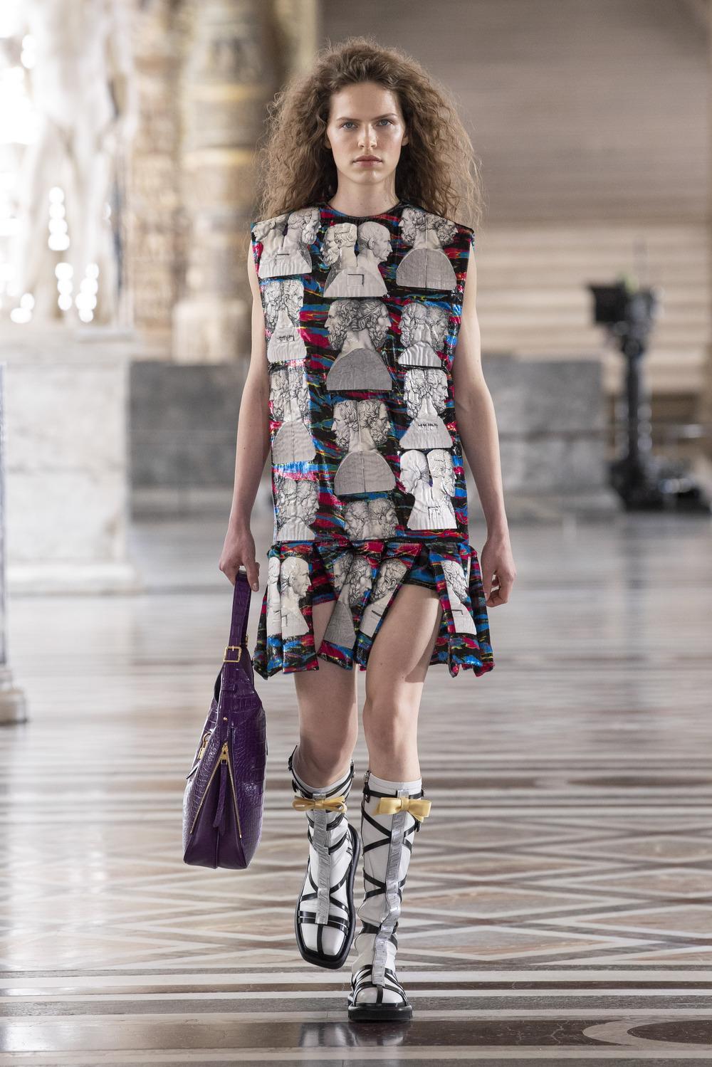 Louis Vuitton đầm hoạ tiết