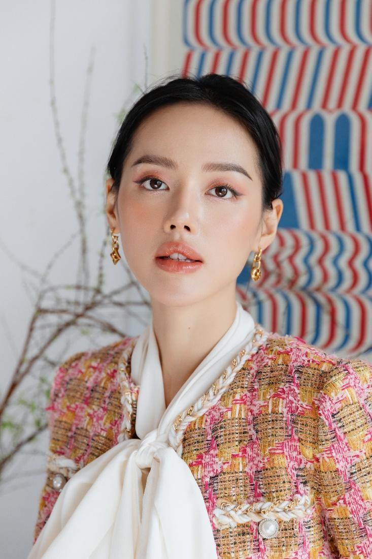 Khánh Linh trở thành gương mặt đại diện cho thương hiệu Anessa tại Việt Nam