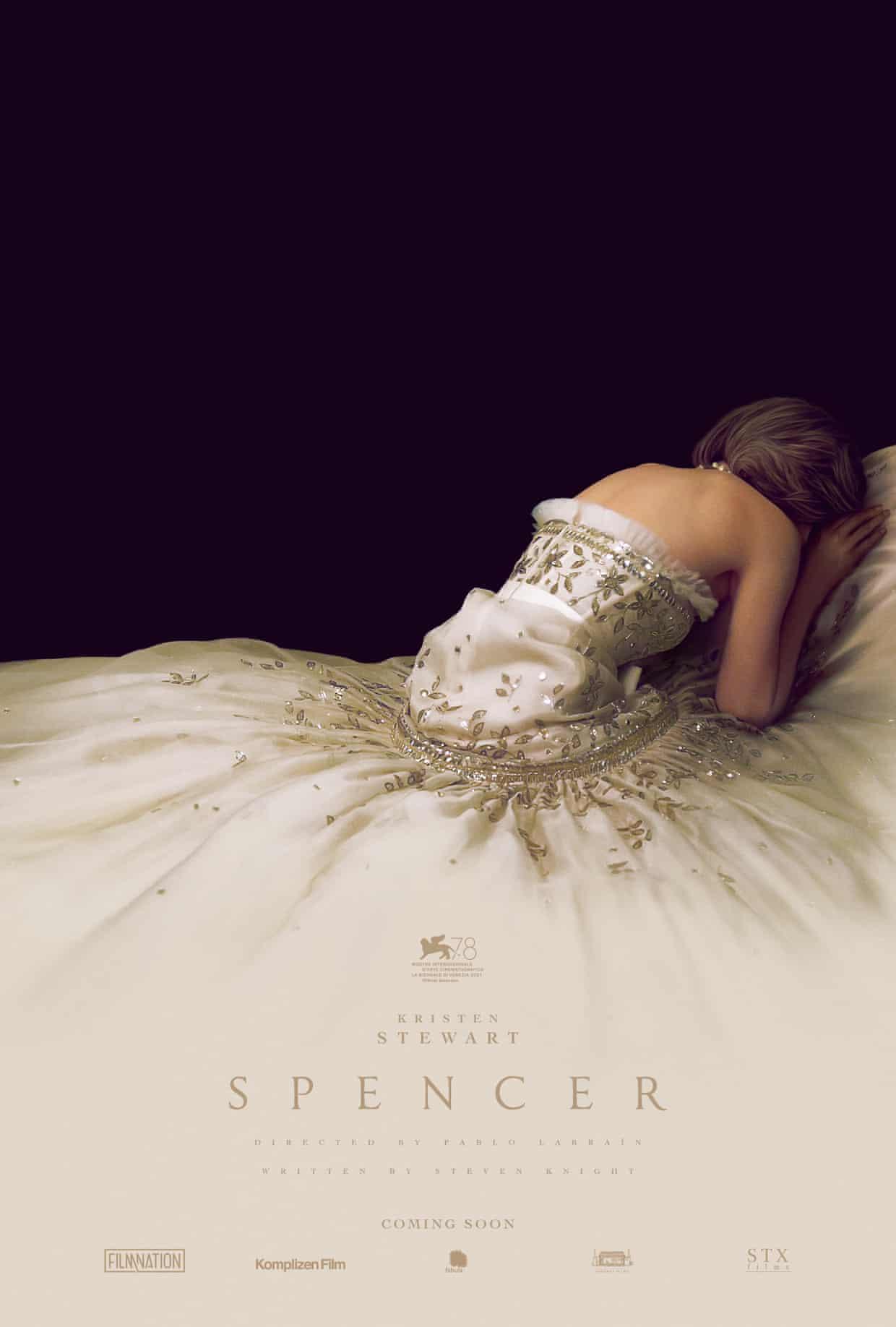 Váy dạ hội trắng Công nương Diana