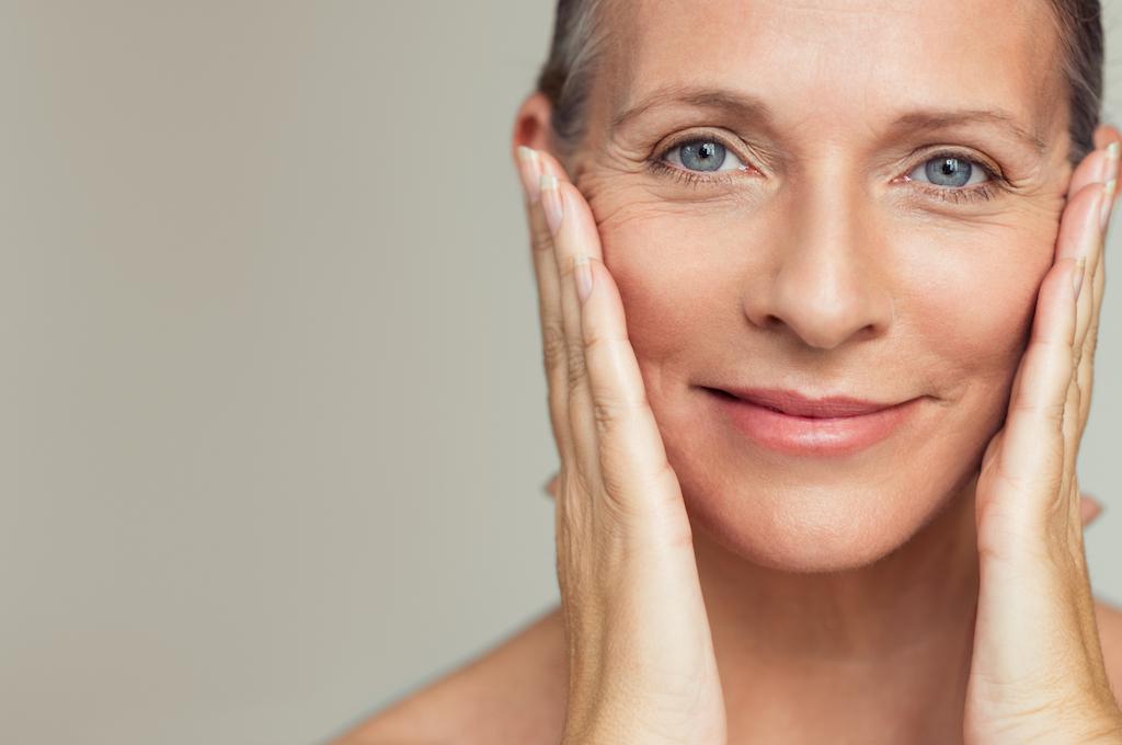 Lời khuyên của chuyên gia da liễu cho da trong thời kỳ mãn kinh
